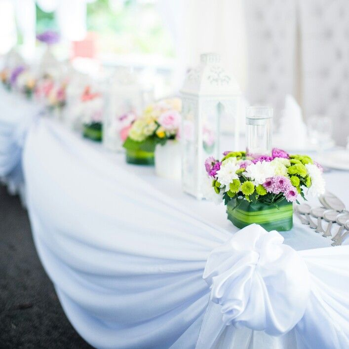 Simple Deco For Meja Makan Beradab In 2019 Table