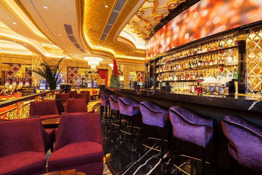 Royal Bar in Sochi Casino & Resort | Design | Interior ...