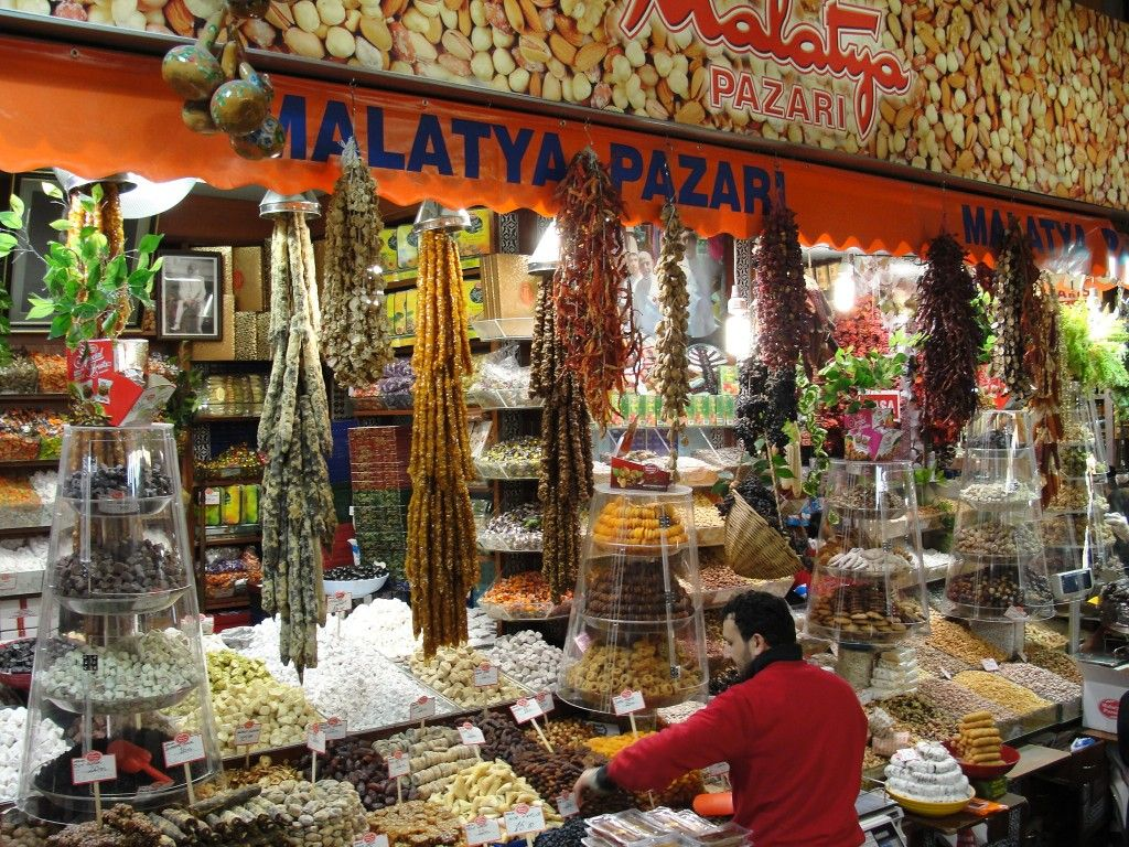 Yummy!!! Spice Market in ISTANBUL, Turkey - One of my favorite places in the world!!!!!