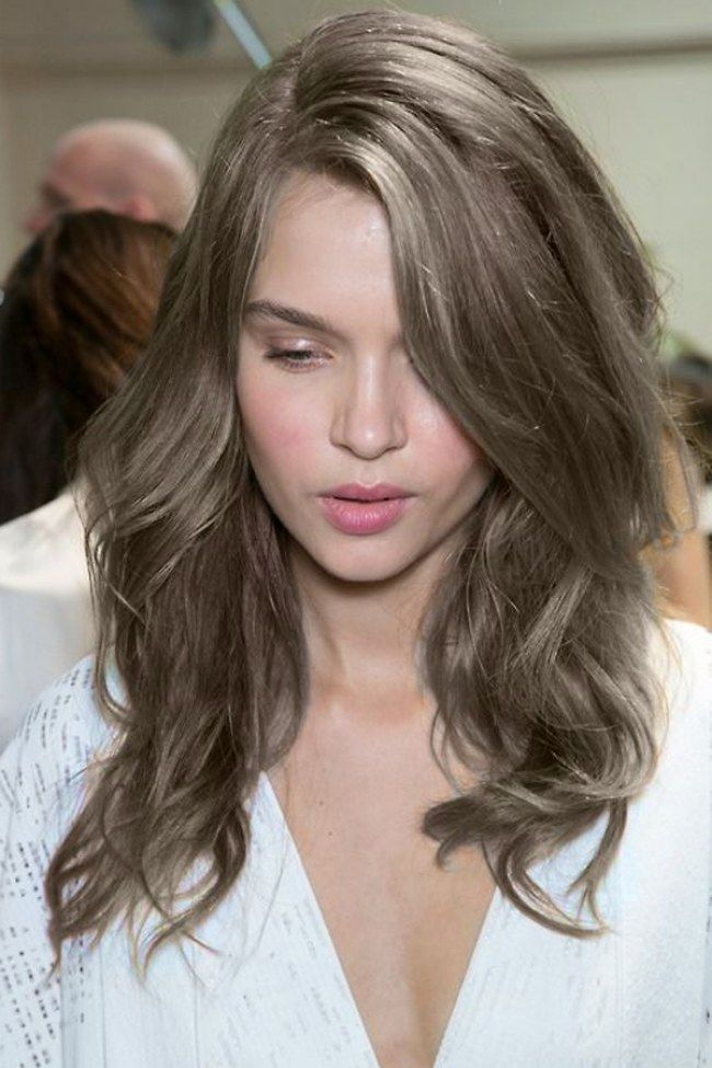 Dark Ash Blonde Hairstyles For More Ideas Click The Picture Or Visit Www Sofeminine