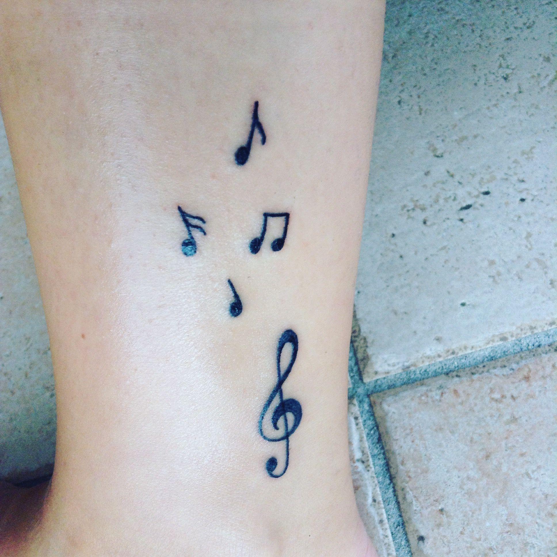 Tatouage Note De Musique Cheville Fait Par Ambretattoo Tattoo