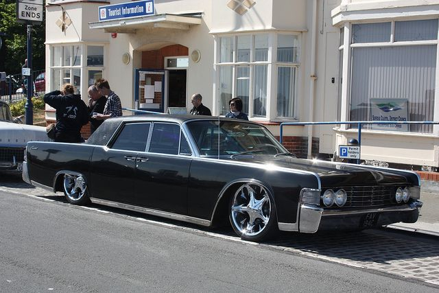 1965 lincoln continental wishlist of cars pinterest photos lincoln continental and roads. Black Bedroom Furniture Sets. Home Design Ideas