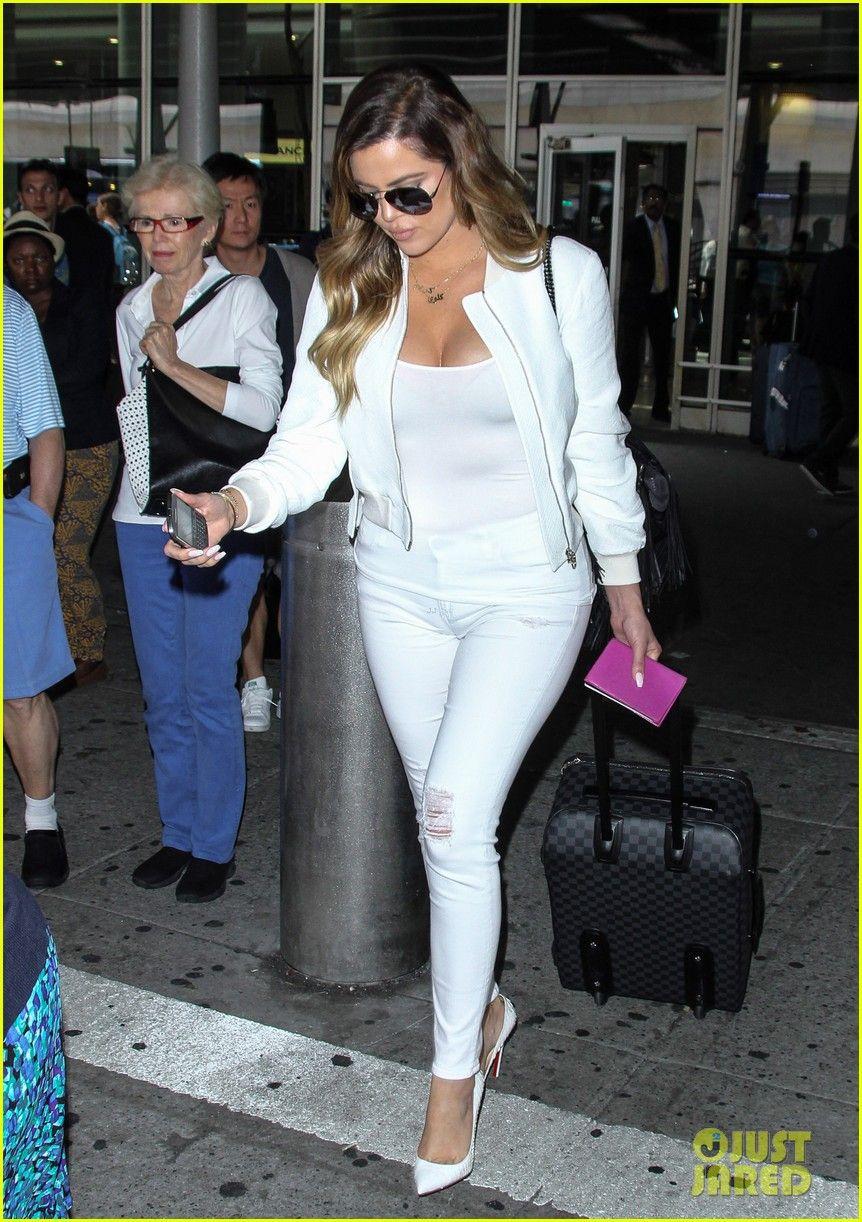 Khloe kardashian wedding dress  Khloe Kardashian Celebrates Scott Disickus Birthday By Posting Side