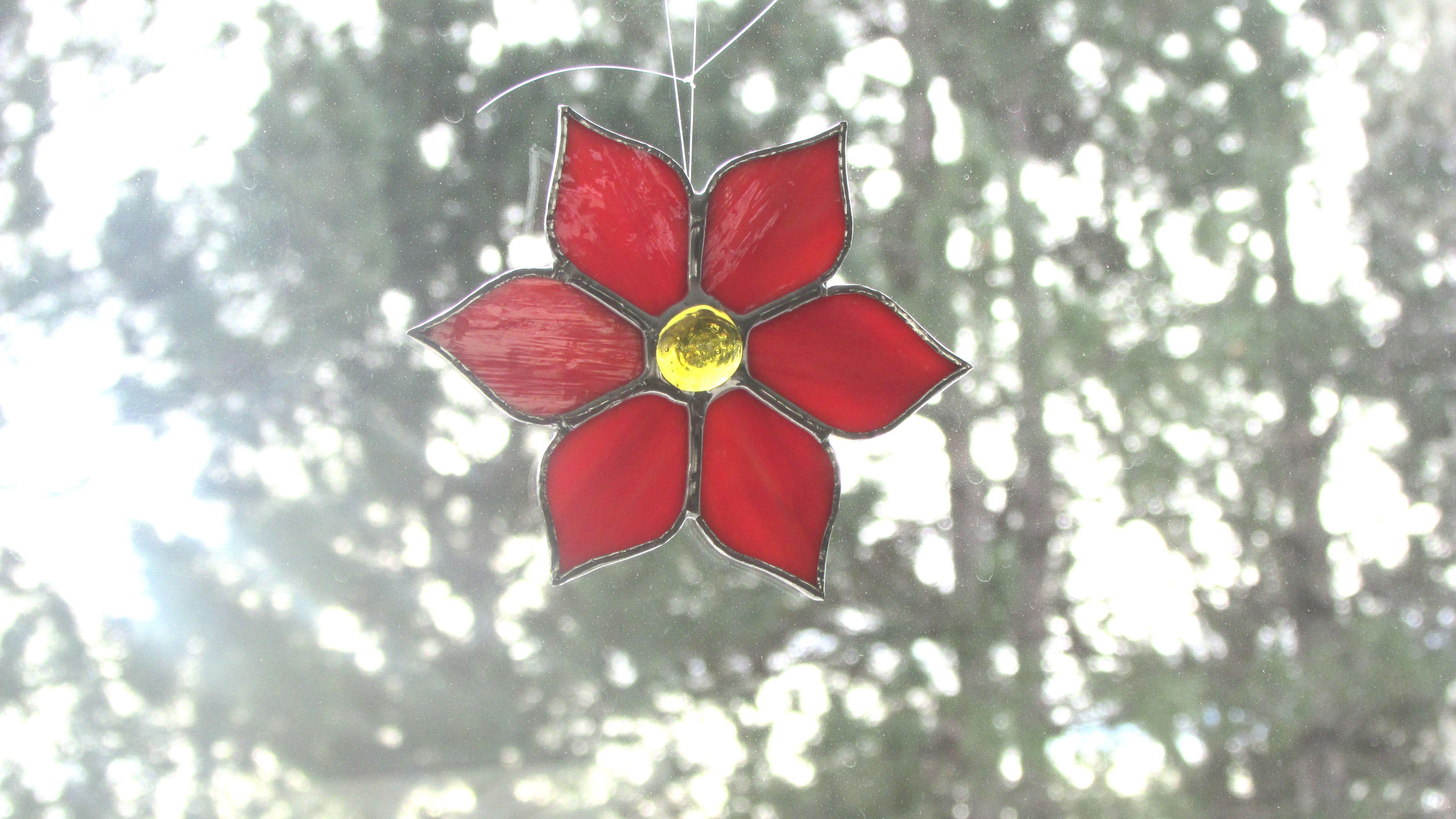 Poinsettia Ornament  www.swankyglass.com