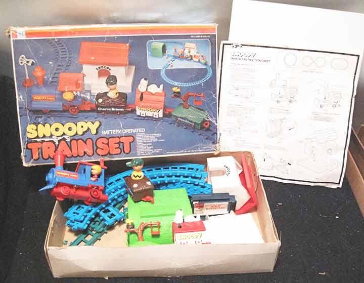 Snoopy Train Set!