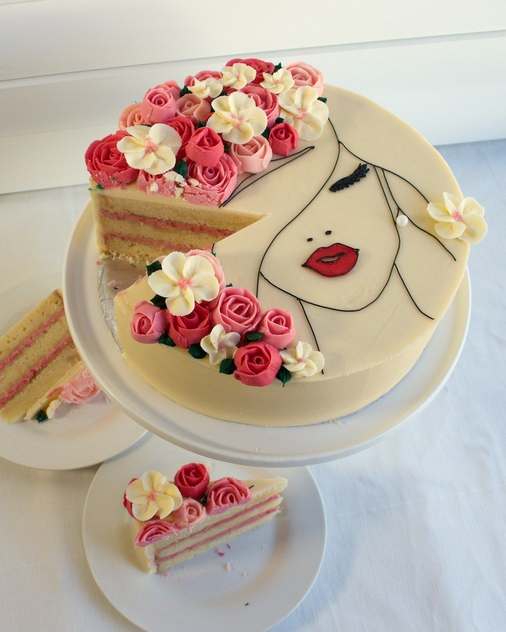 A Floral Face Cake Made Of Gorgeous Buttercream Roses Cake Style Buttercream Roses Fashion Cakes How To Make Cake