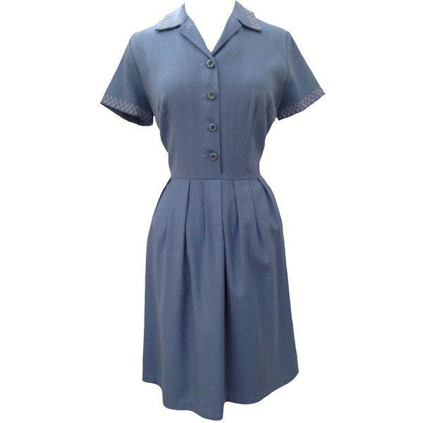 1960s blue embroidered vintage dress (245 BRL) ❤ liked on Polyvore featuring dresses, blue embroidered dress, vintage pattern dress, embroidery dress, mixed print dress and vintage dresses
