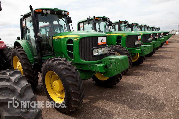 John Deere 7330 farm tractors