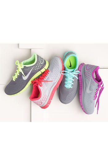 Nike 'Free 4.0 V2' Running Shoe (Women | Ropa para hacer