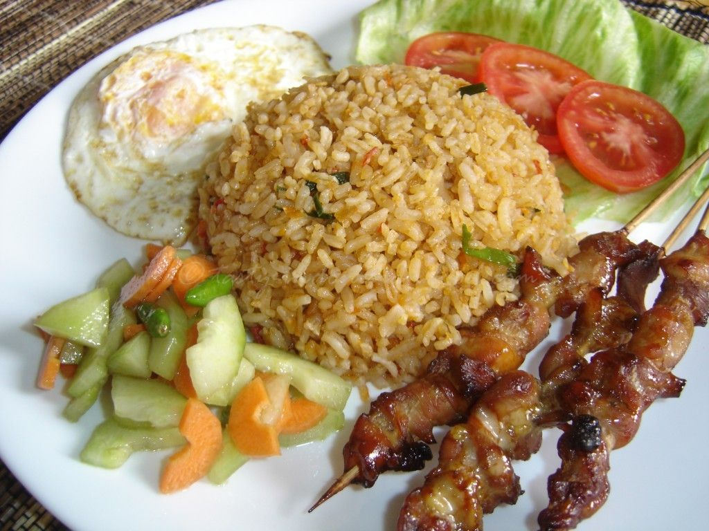 Tasty indonesian food nasi goreng jawa indonesian food recipes a simple and easy to make a fried rice nasi goreng jawa forumfinder Images