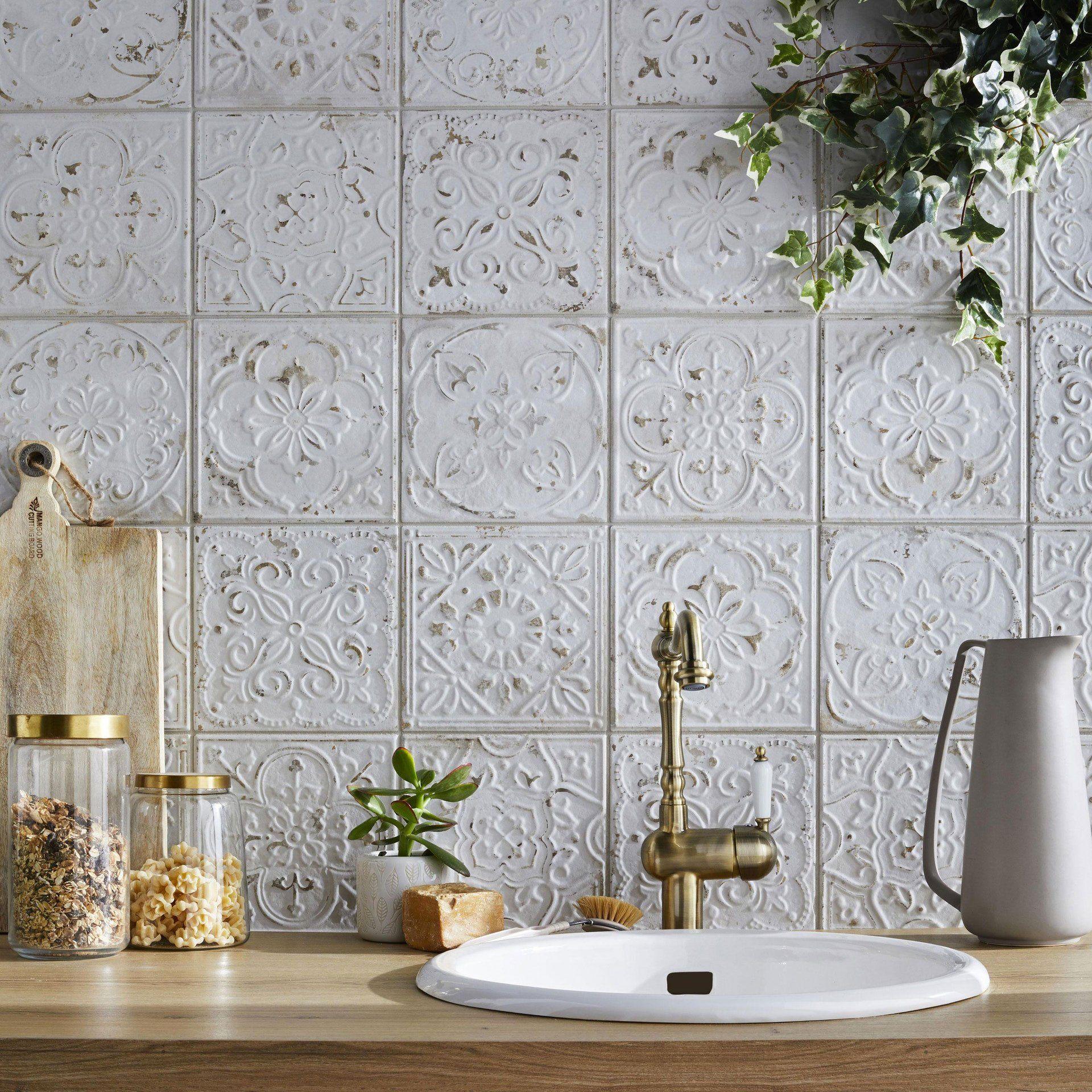 Carrelage Mural Et Faience Cuisine 14 Modeles Tendance Sol Carreaux De Ciment Ciment Blanc Et Carreaux De Ciment Mural