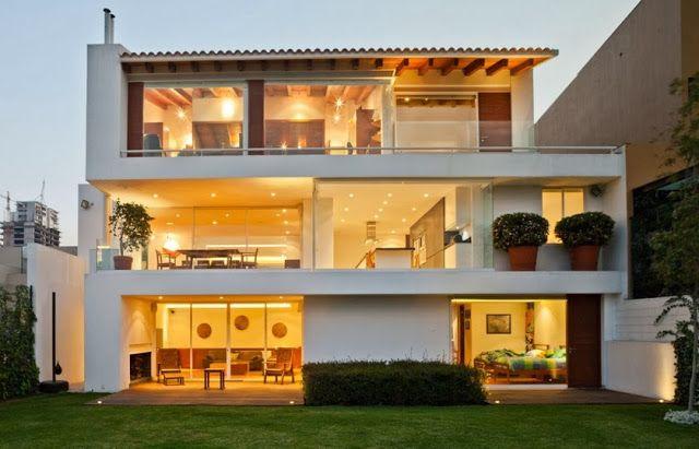 Casa Moderna De Tres Pisos Casa De Tres Pisos Disenos De Casas