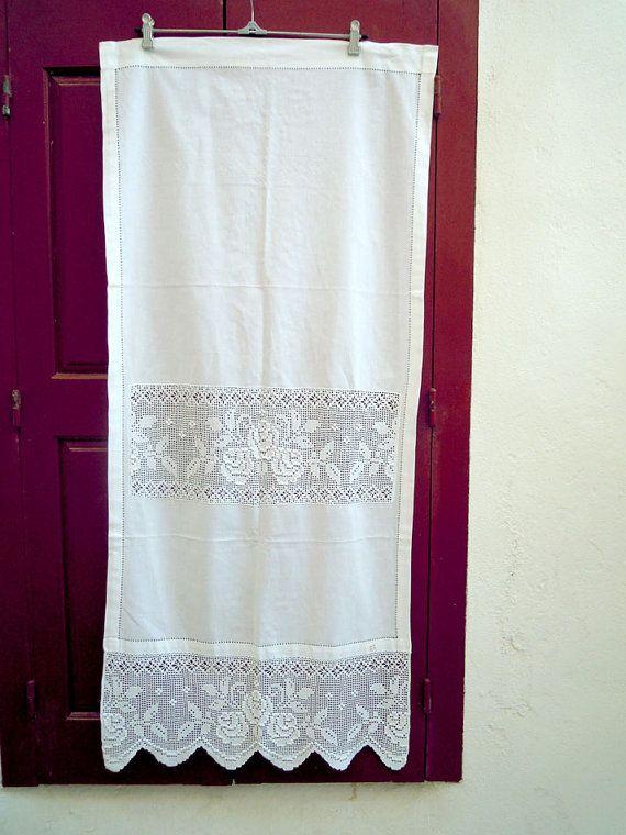 Handgearbeitete Gardine Mit Atrante Und Spitze 0000844 Etsy Crochet Curtains Lace Handmade