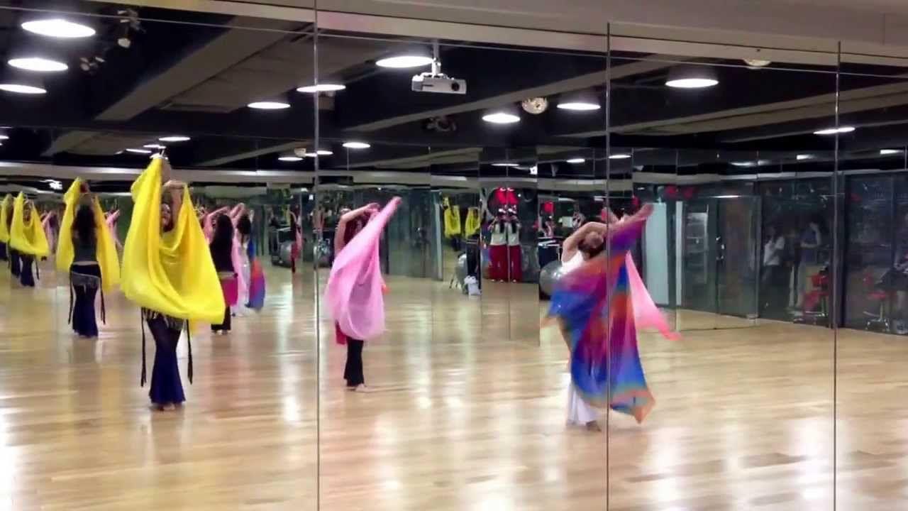 Darigh Nur Mario Kirlis ( Belly dance basic (veil basic