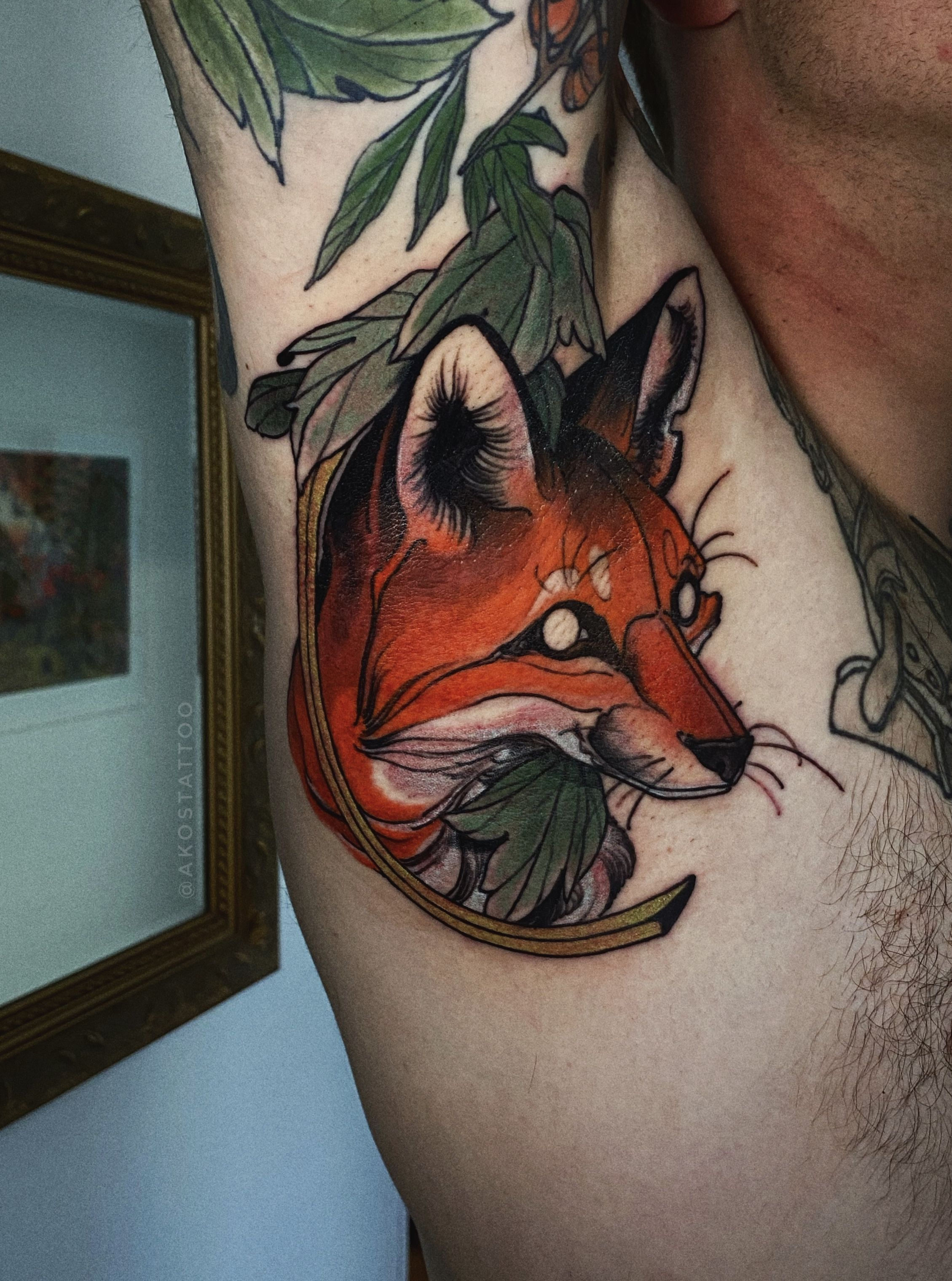 Colour Fox And Leaves Nature Theme Armpit Tattoo By Akos Tattoo In 2020 Armpit Tattoo Tattoos Leg Tattoos