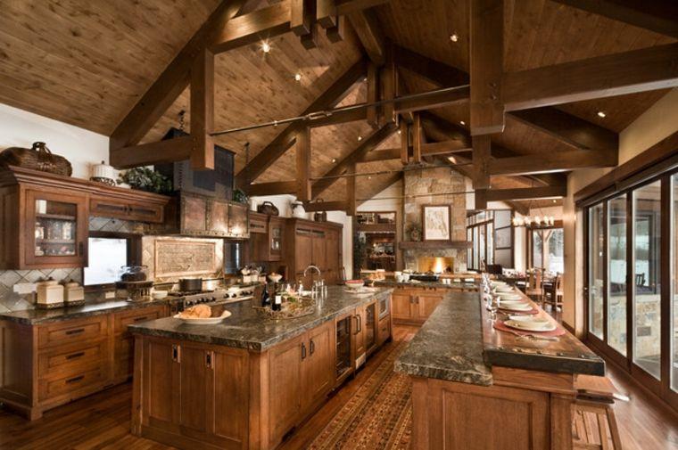 Cocinas rústicas - descubre las tendencias en piedra y madera - cocinas grandes de lujo