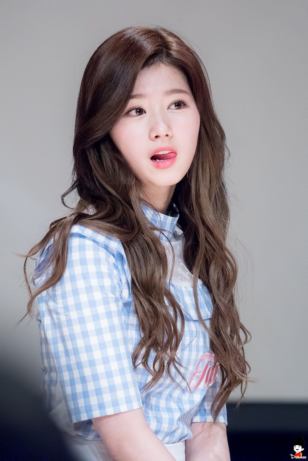 Fans Are Happy To See Sana Having Brown Hair | Makeup