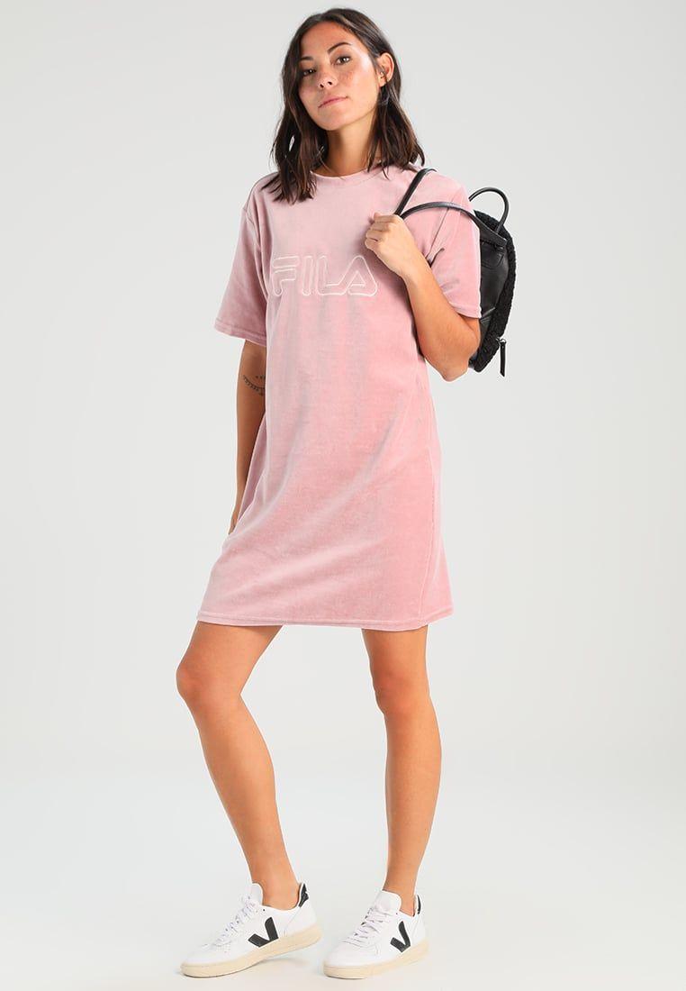 ¡Consigue este tipo de vestido informal de Fila Petite ahora! Haz clic para  ver 974ef58ce529