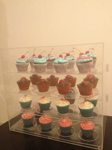 "18/"" AMERICAN GIRL 4pcs Cup Cake Holder from Williams Sonoma CUPCAKE BAKING Set"