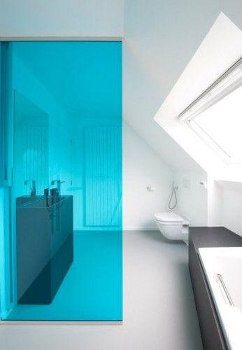 Ƹ̴Ӂ̴Ʒ Du flashy dans la salle de bain ! Ƹ̴Ӂ̴Ʒ Attic bathroom - salle de bain en bleu
