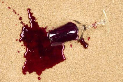 comment enlever une tache de vin rouge vous venez de. Black Bedroom Furniture Sets. Home Design Ideas