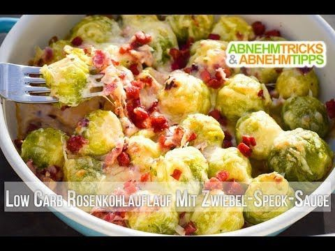 Low Carb Rosenkohlauflauf mit herzhafter Zwiebel-Speck-Sauce #brusselsproutrecipes