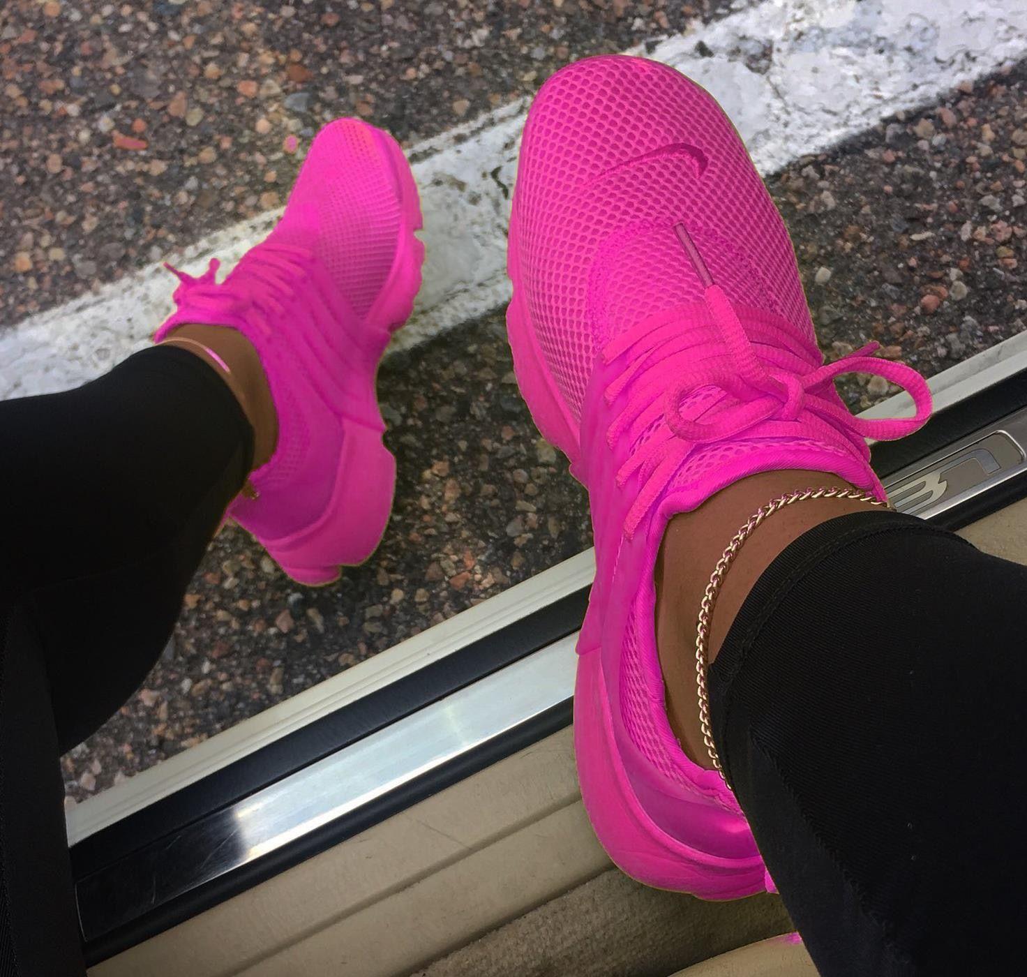 Pink sneakers, Sneakers, Sneakers fashion