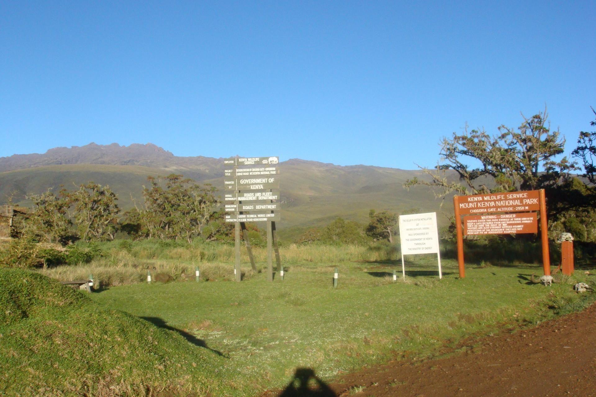 Climbing Mount Kenya, YHA Kenya Travel Mountain Adventures