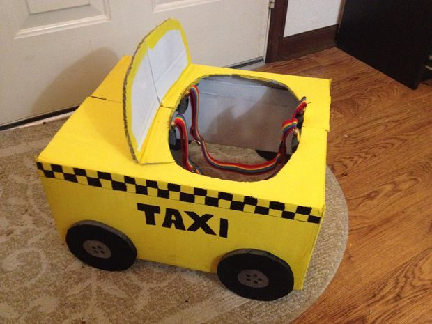 Quick and Easy Last Minute Taxi Costume | Crafts | Halloween