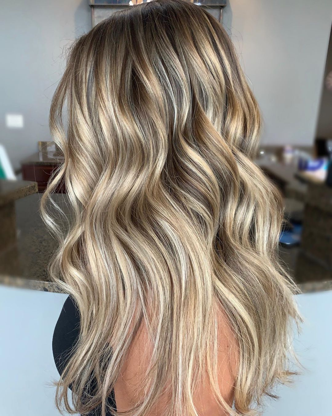 H A I R S T Y L I S T On Instagram O B S E S S E D Hairbycami Redken Shades Gloss 10n 10vv Hairstylis Hair Color Highlights Hair Color Redken