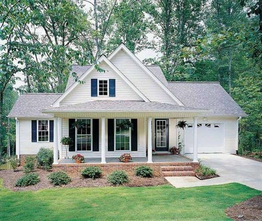 34 Inspiring Small Farmhouse Design Ideas To Style Up Your Home Trendehouse Small Cottage House Plans Cottage House Exterior Country Style House Plans