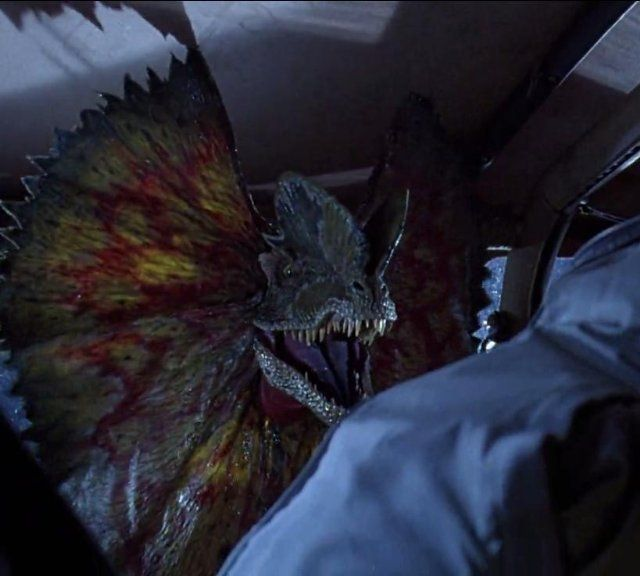 Dilophosaurus (Jurassic Park) | Jurassic park, Jurassic park world ...