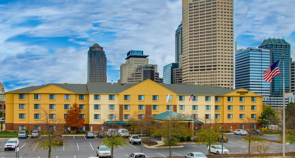 Discover Downtown Indianapolis From Our Hotel Near The Indiana State Capitol We Offer Stylish Rooms