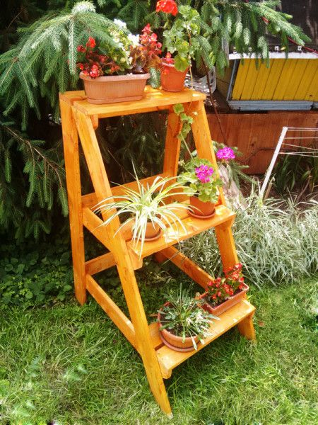 diy ladder plant stand free woodworking plans diy plant stand wooden plant stands wood. Black Bedroom Furniture Sets. Home Design Ideas