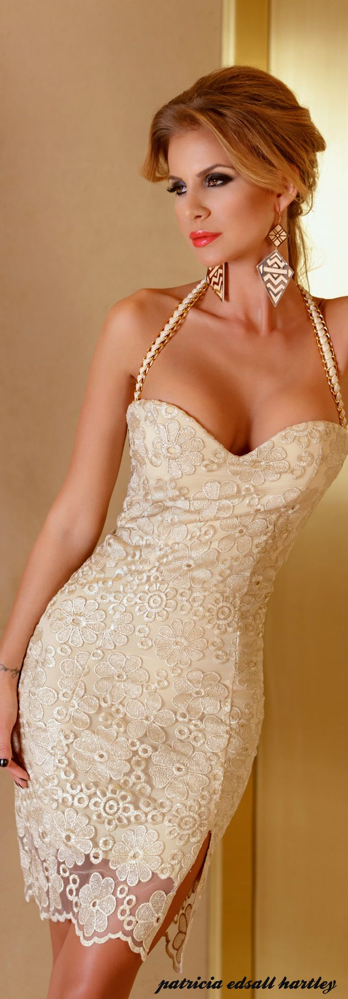 Beige Lace Evening/Wedding Dress w. Slight Slit @ Left Thigh ...