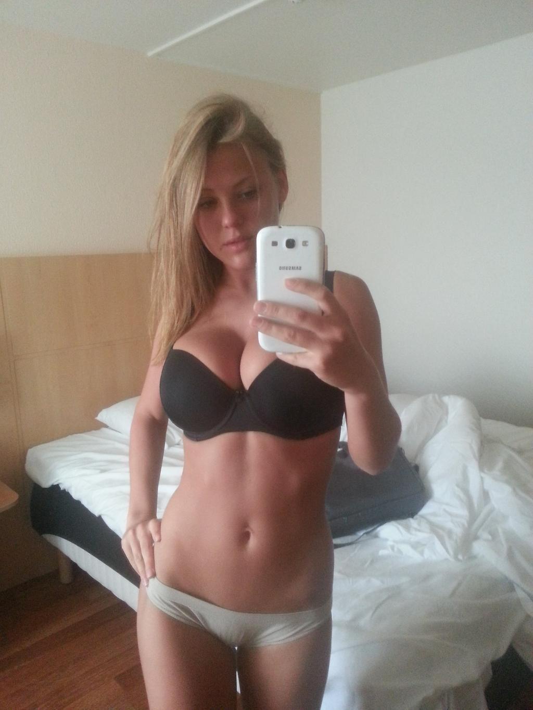 Nude selfies of girls asses in alabama