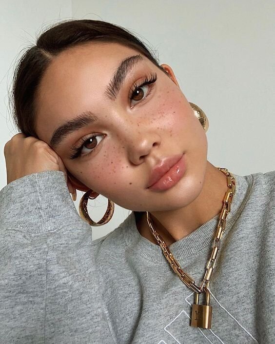 Photo of 25 Insanely Gorgeous Makeup Looks To Try in 2020