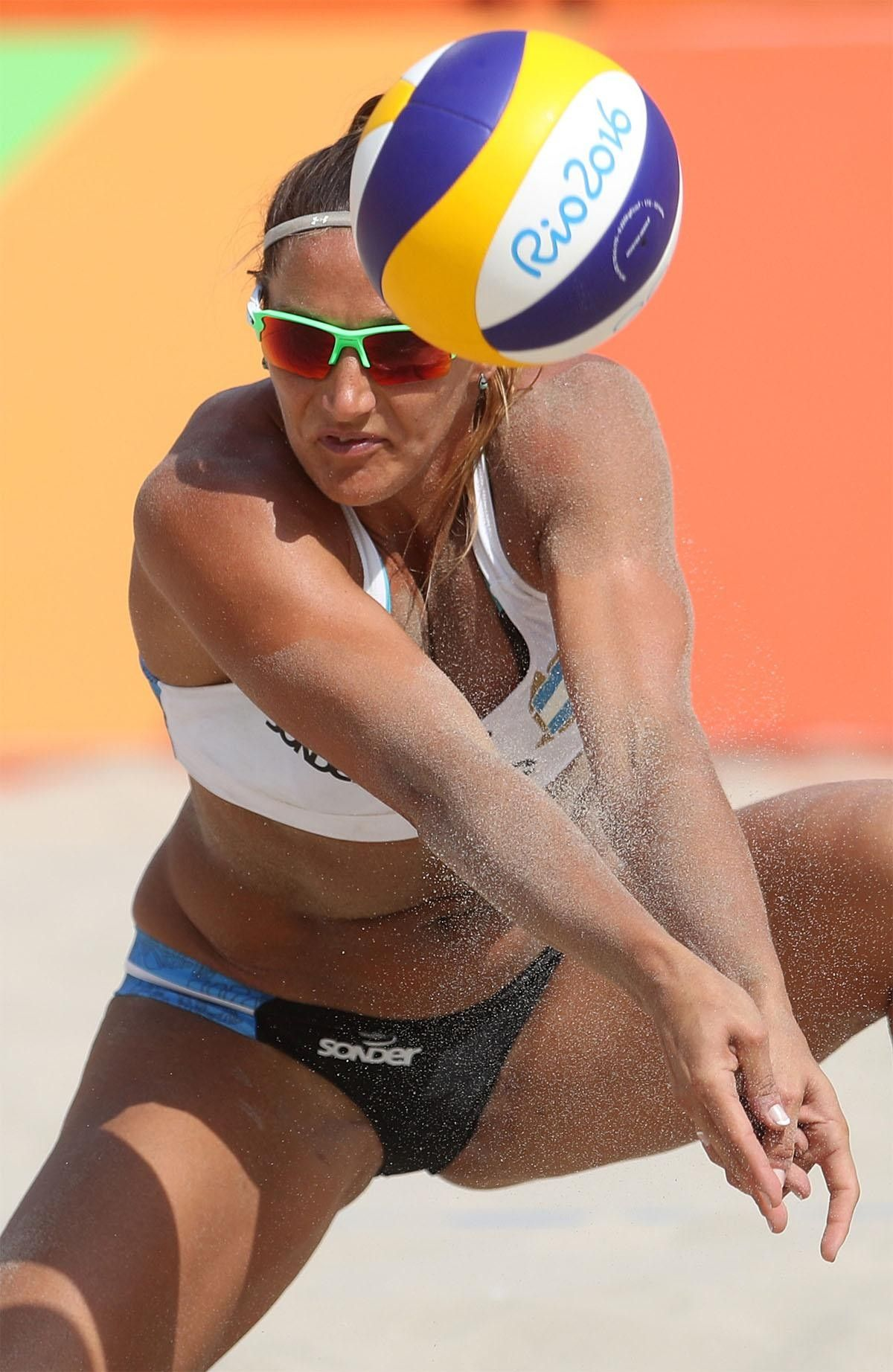 Argentina S Georgina Klug Passes A Ball During A Women S Beach Volleyball Match Beach Volleyball Rio Olympics Volleyball