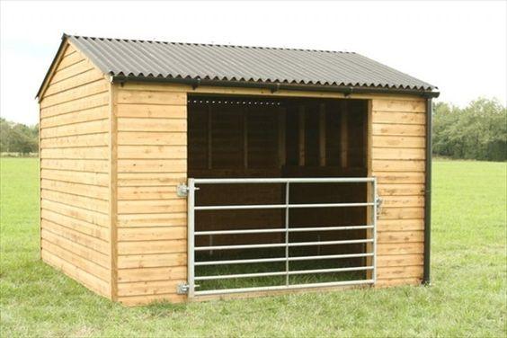 Small Metal Animal Shelters : Diy easy horse shelter pinterest