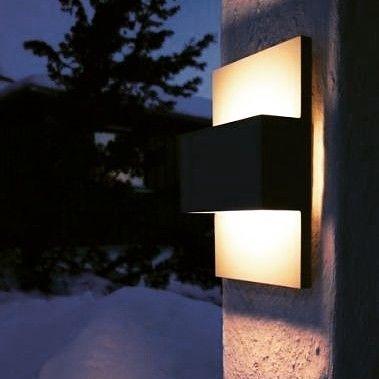 I dag har vi 15% på utebelysning! KUN I DAG! Bruk rabattkode: UTELYS2016 #lightupno #utebelysning #lysopphverdagen