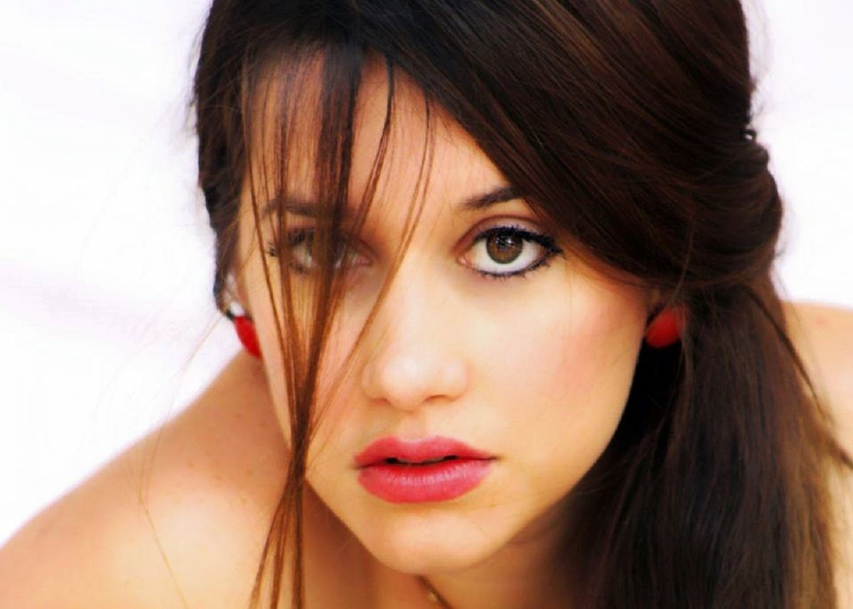 10 cosas que no sabías de Laura Treto #perfiles #personalidades #famosos… http://www.cubanos.guru/10-cosas-que-no-sabias-de-laura-treto/