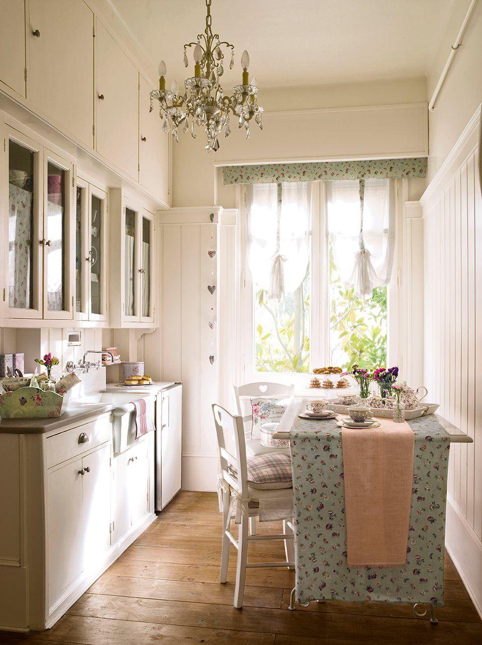 8 Ideas Para Comer En La Cocina Elmueble Com Cocinas Y Ba Os  # Muebles De Cocina Sukalde