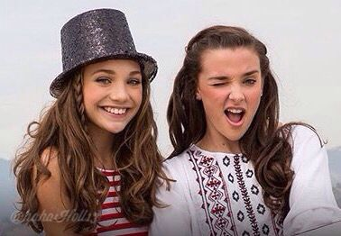 Added by #hahah0ll13 Dance Moms Kendall and Maddie