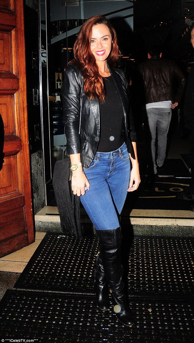 Jennifer Metcalfe sports thigh-high boots with tough leather ...