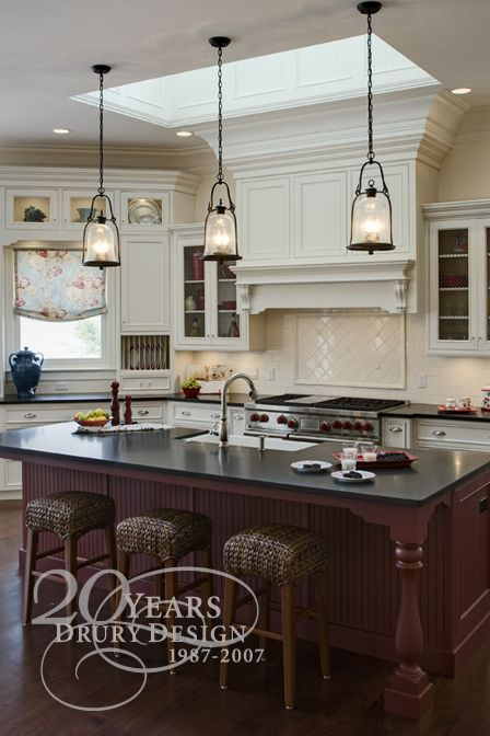 Love The Pendant Lights Over The Island Lees Kitchen Ohhh Yeaaa - Kitchens with pendant lights over island