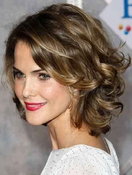 curly frisuren mittlerer länge (mit bildern)   frisuren