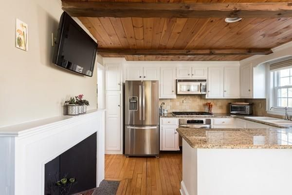 Pin By Sharon Norman On Sold 599 000 159 Broadway Hanover Ma Kitchen Cabinets Kitchen Heating Cooling