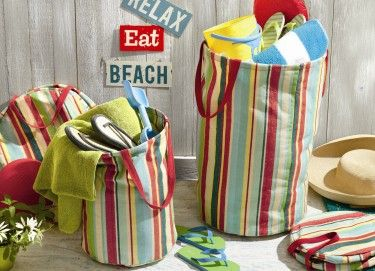 This tag Summer Cottage large crunch bag is great for hauling or storing your gear at the beach or lake.