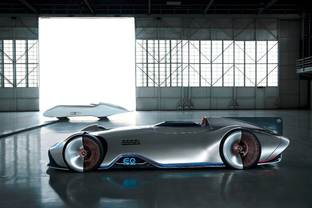 Mercedes S Iconic Silver Arrow Racer Gets An Electric Makeover For Monterey Electric Car Design Mercedes Benz Uk Concept Cars