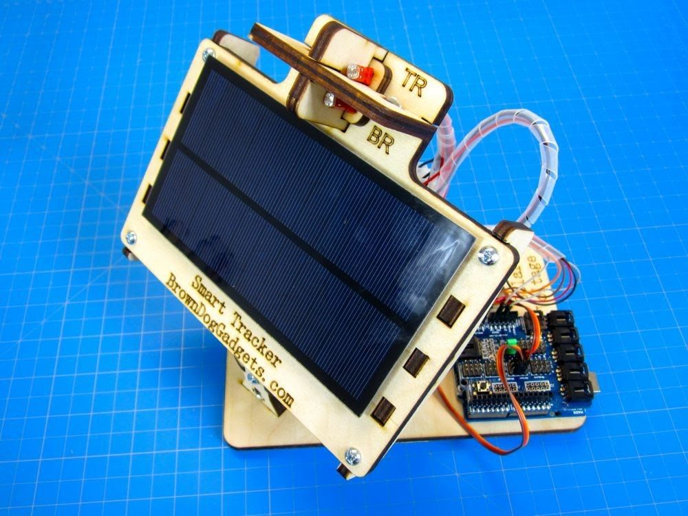 Dual Axis Solar Tracker Diy Arduino Powered Solar Tracker Electronics Projects Diy Solar